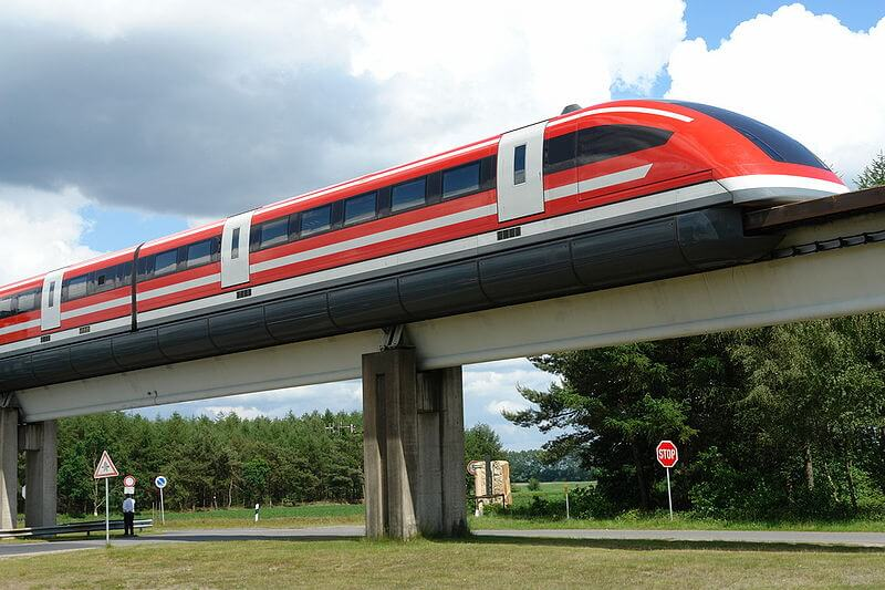 Transrapid09 at theEmsland test facilityin Germany (Wikipedia)